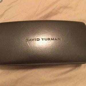 DAVID YURMAN-LG DARK GRAY SUNGLASS CASE W/ CLOTH